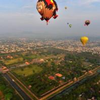 Trải nghiệm độc đáo - bay trên Kinh thành Huế bằng khinh khí cầu