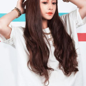 Ngắm guu thời trang của Hot girl Chi Pu
