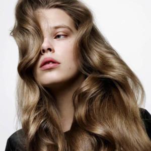 5 nguyên liệu trị mái tóc xơ và khô rối ngày hè
