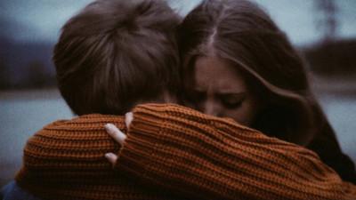 Nên làm gì khi người yêu mới của người yêu cũ gửi lời kết bạn?....