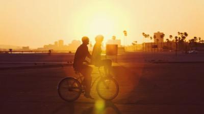 Yêu là hiểu, là chấp nhận, là cần nhau...