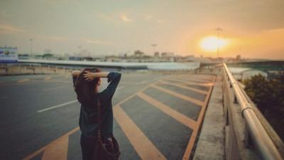 Tại sao trưởng thành lại đồng nghĩa với cô đơn?