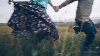 Khi bạn bắt đầu mơ thấy một người thì đó cũng là lúc họ đang dần lãng quên bạn...