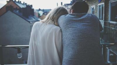 Tâm sự đi nào: Chia tay rồi có làm bạn với người yêu cũ được nữa không?