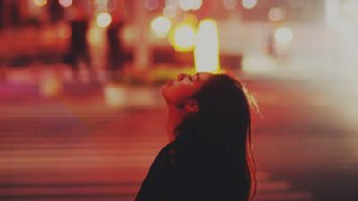 Đôi khi để thoát khỏi quá khứ đau buồn, người ta phải học cách buông bỏ...