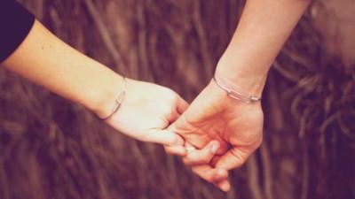 Vì cuộc đời này ai cũng cần có đôi, cho nên đừng ngại ngần trao nhau cơ hội