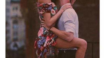 Ta yêu nhau bình yên hôm nay thôi, chuyện ngày mai để mai tính