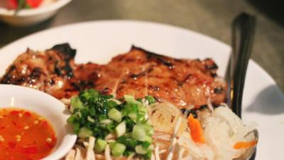 """10 món ăn """"kinh điển"""" ngon rẻ trong danh sách bữa trưa công sở Sài Gòn"""
