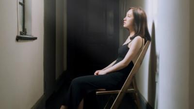 Là đàn bà, bạn chọn ngoan để thế gian ca tụng hay hư để hạnh phúc, an yên?