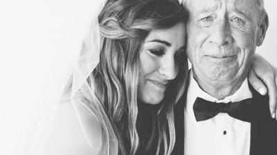 """Con gái hỏi """"Cha ơi, tình yêu là gì?"""" và câu trả lời bất ngờ của người cha về cuộc tình 27 năm của ông khiến cô òa khóc"""