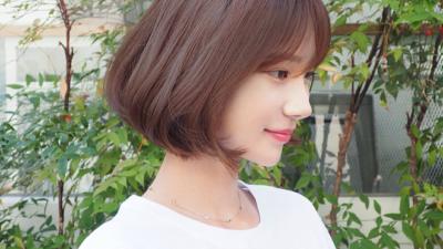 Màu tóc nhuộm ra nắng cũng đẹp, mà vào bóng râm nhìn lại càng sang dành cho nàng công sở