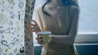Phụ nữ đã có chồng đừng thương cảm cho gái ế, các chị kết hôn có thực sự thấy vui?