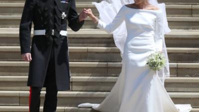 """NTK yêu thích của Công nương Kate chê váy cưới của Meghan Markle bị rộng và """"trông giống một mẫu váy của tôi"""""""