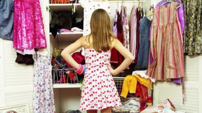 """Đã tìm ra nguyên nhân cho câu than thở muôn thuở của chị em mỗi khi mở tủ quần áo """"mình chẳng có cái gì để mặc"""""""