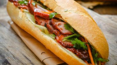 """Mê ăn mà không ghé Nguyễn Quý Đức - con phố được mệnh danh là """"thiên đường ẩm thực"""" gần khu Hà Đông thì phí hoài cả thanh xuân"""