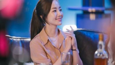 """Học ngay cách buộc tóc đuôi ngựa để được xinh đẹp như """"Thư ký Kim"""" Park Min Young"""