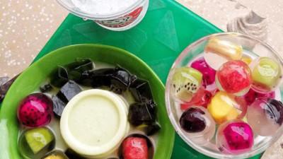 Tranh thủ trời nắng ráo, cùng bạn bè đi thưởng thức hết những món giải nhiệt từ bơ ở Hà Nội