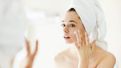 Phụ nữ xứ nhiệt đới nóng ẩm nên chăm sóc da như thế nào?