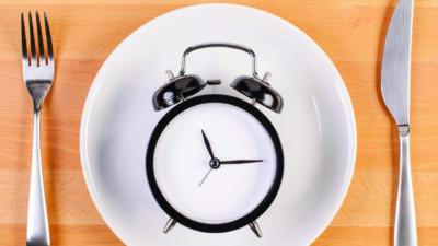 Ăn kiêng quá mức khiến bạn phải đối mặt với hàng loạt vấn đề sức khoẻ