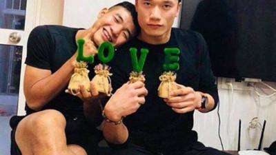 """Đội tuyển Việt Nam và loạt khoảnh khắc """"tình bể bình"""" khiến fan nhìn là muốn đẩy thuyền ghép đôi"""