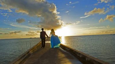 Chấp nhận cho chồng 'ăn bánh trả tiền': Bao dung hay mất cả tự trọng?