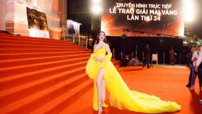"""Những lần sao Việt """"làm lố"""" trên thảm đỏ sự kiện: Người không mời cũng tới, kẻ diện đồ gây tranh cãi để nổi bật"""