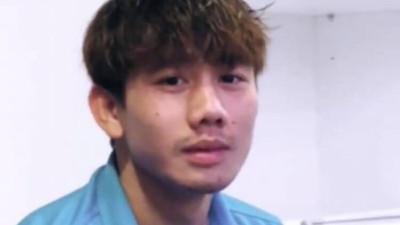 """Sút hỏng 1 quả penalty khi quyết đấu Jordan, Minh Vương đã được """"hoàng tử mắt híp"""" Xuân Trường an ủi mặn mòi thế này"""