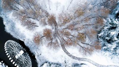 """Vẻ đẹp trong trẻo của tuyết mùa xuân ở Trung Quốc khiến nhiều tín đồ du lịch """"cuồng chân"""" dù đã hết Tết"""