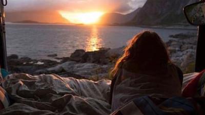 Nếu một ngày ta cảm thấy chán nhau, hãy nhớ về lý do lúc ta bắt đầu...