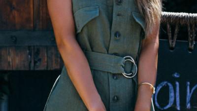 4 kiểu trang phục tưởng chừng đơn điệu nhưng kỳ thực có thể giúp chị em vừa trẻ trung lại ấn tượng hơn bội phần