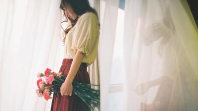 Đàn ông hay hứa, phụ nữ lại hay tin: Cớ sao lại mang cả tuổi trẻ của mình để chờ đợi lời hứa mong manh