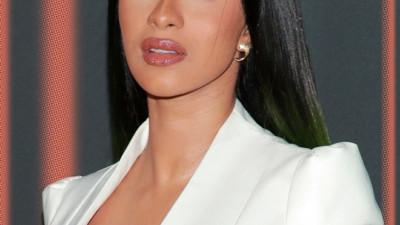 """Sao Hollywood thừa nhận hành nghề khiêu dâm: Lady Gaga và tài tử """"Avengers"""" cũng không gây sốc bằng Brad Pitt"""