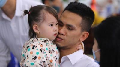 Nhà báo Lê Anh Đạt: 'Đừng bóp chết những người tốt bằng ánh mắt nhem nhuốc của mình'