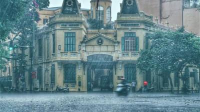Dự báo thời tiết hôm nay và ngày mai 14/4: TPHCM có mưa rào và mưa dông rải rác, Hà Nội tăng nhiệt nhẹ