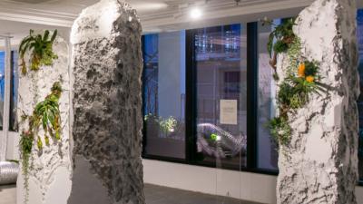 Biến đạo nhái chưa hạ nhiệt, triển lãm nghệ thuật đang hot ở Sài Gòn lại bị phát hiện trưng bày đồ Taobao?