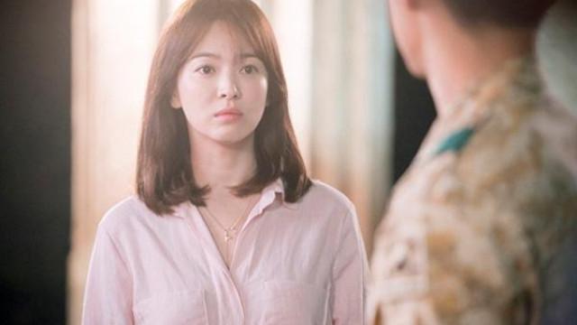 Fan hâm mộ lo lắng khi Song Hye Kyo bất ngờ bị dọa tạt axit và tống tiền