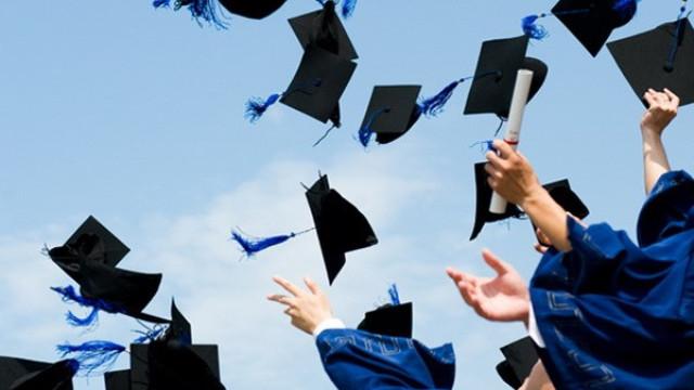 Kết quả hình ảnh cho tốt nghiệp đại học